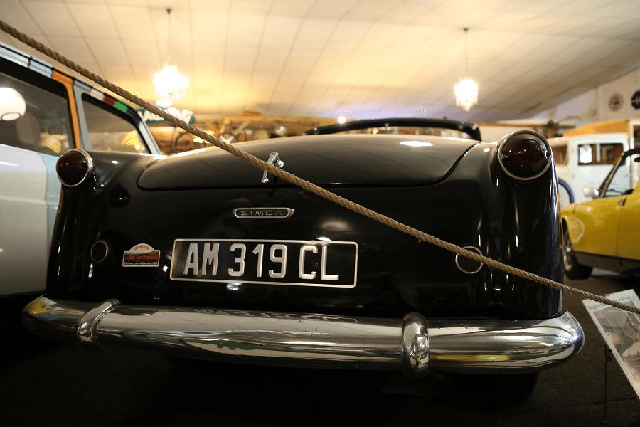 Simca Week-End 1954 года. Черная версия_зад