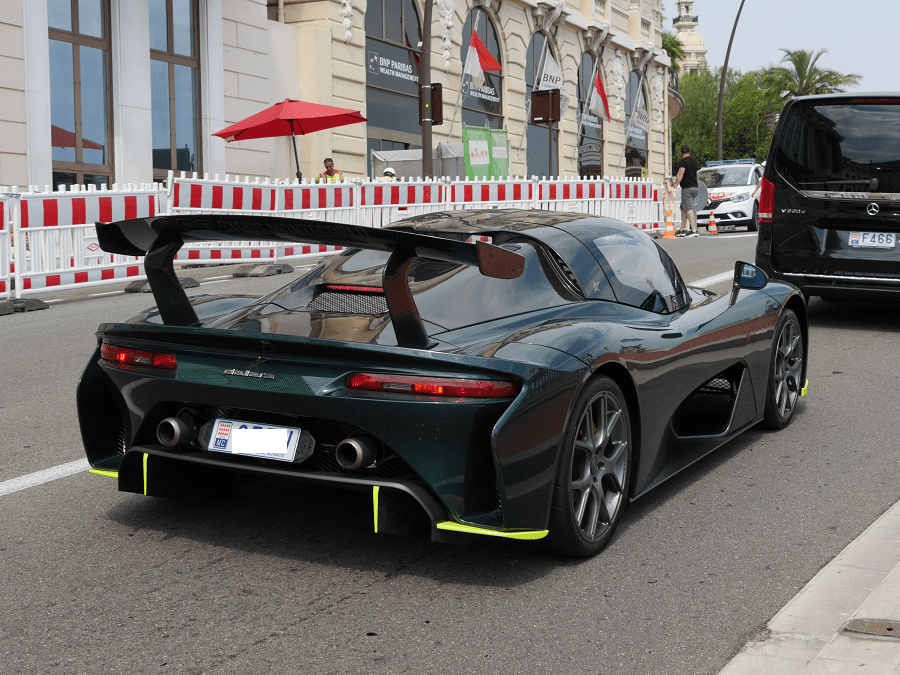 Dallara Stradale. Version verte à Monaco_voiture rare