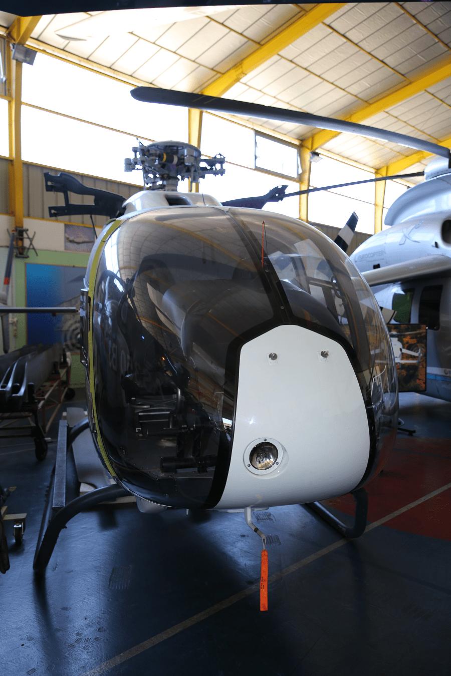 Eurocopter H EC120 Colibri : hélicoptère français _vue de dvant