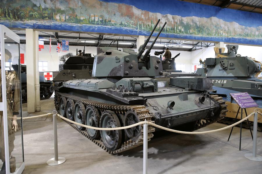 Танк Crusader (крестоносец) Mk III AA II. Зенитная модель образца 1943 года