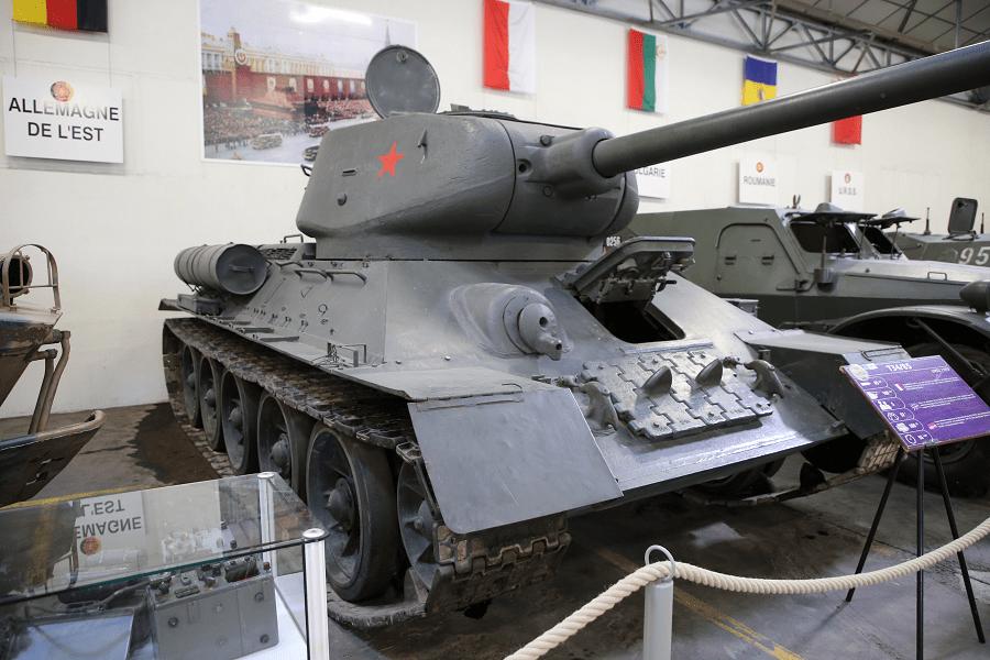 Советский танк T-34-85 образца 1944 года