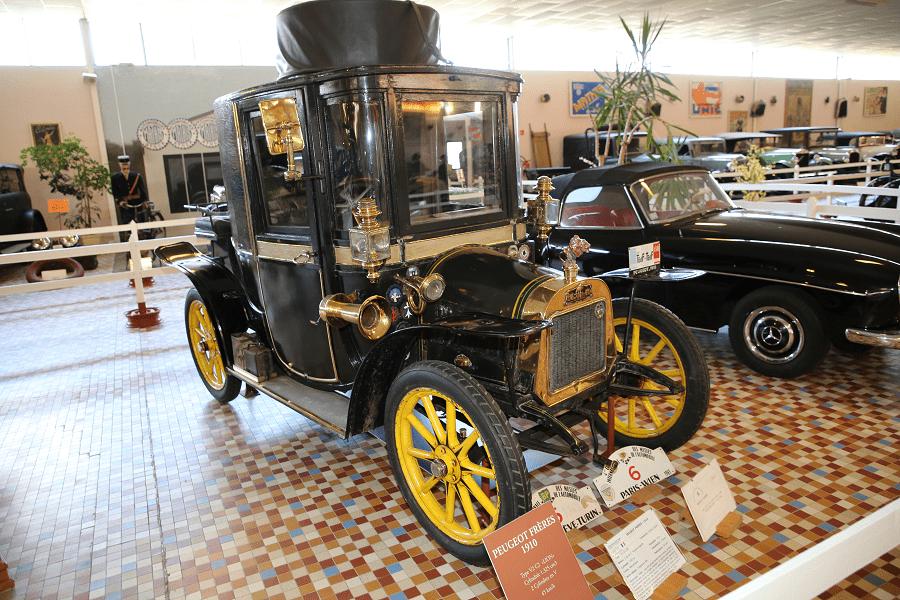 Черный Peugeot Frères Type V2 C2 Lion (325 куб.см) образца 1910 года