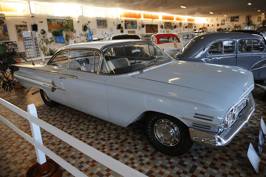 Chevrolet Impala образца 1960 года