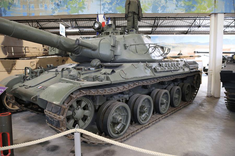 Французский AMX-30 - основной боевой танк (модель 1962 года)