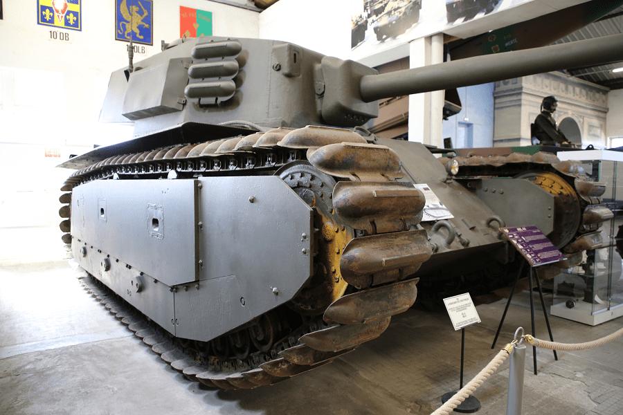 ARL 44 - французский тяжелый танк Второй Мировой войны