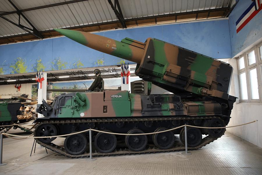 Ракета «Плутон» представляла собой французскую тактическую баллистическую ракету с ядерным вооружением (1972 год)