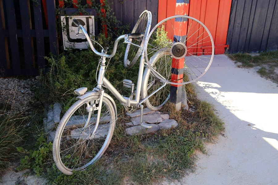 Tour de France 10 (2020). Bicycles installations. wheels