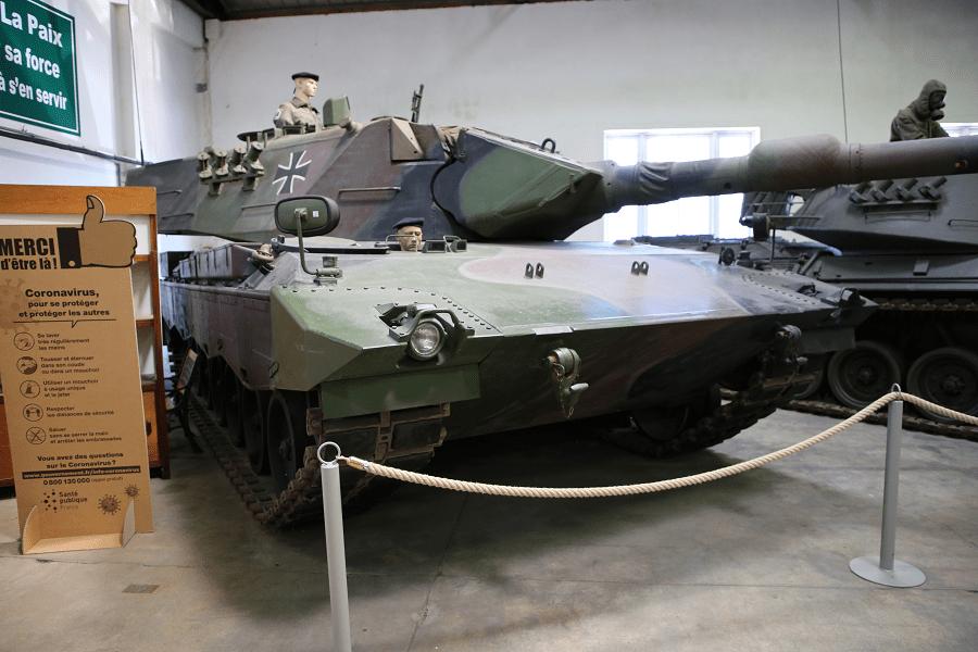 Леопард 2 - основной боевой танк Западной Германии (модель 1978 года)