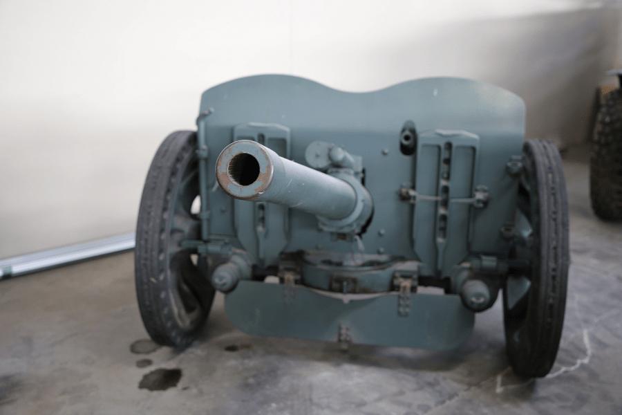 SA 37 - французская противотанковая пушка образца 1937 года