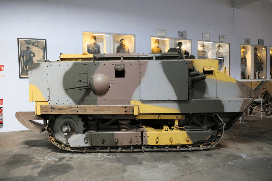 Schneider CA 1 - французский пехотный танк Первой Мировой войны