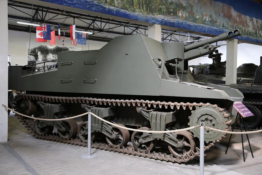 Канадский гусеничный 25pdr SP Sexton был самоходной артиллерийской машиной времен Второй мировой войны