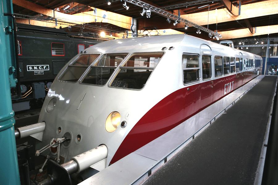 Bugatti ZZY 24408 - один из первых современных высокоскоростных поездов в мире
