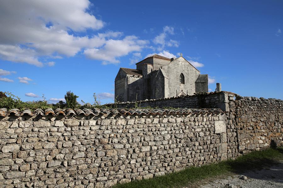Тальмон-сюр-Жиронд и церковь Сент-Радегонд