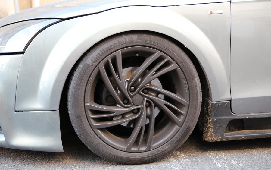 AUDI TT Mk2 S line. Couleur grise_phares_roue_disque