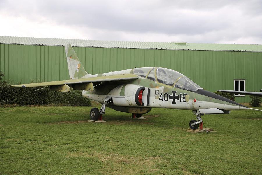 Dassault / Dornier Alpha Jet - легкий ударный реактивный самолет