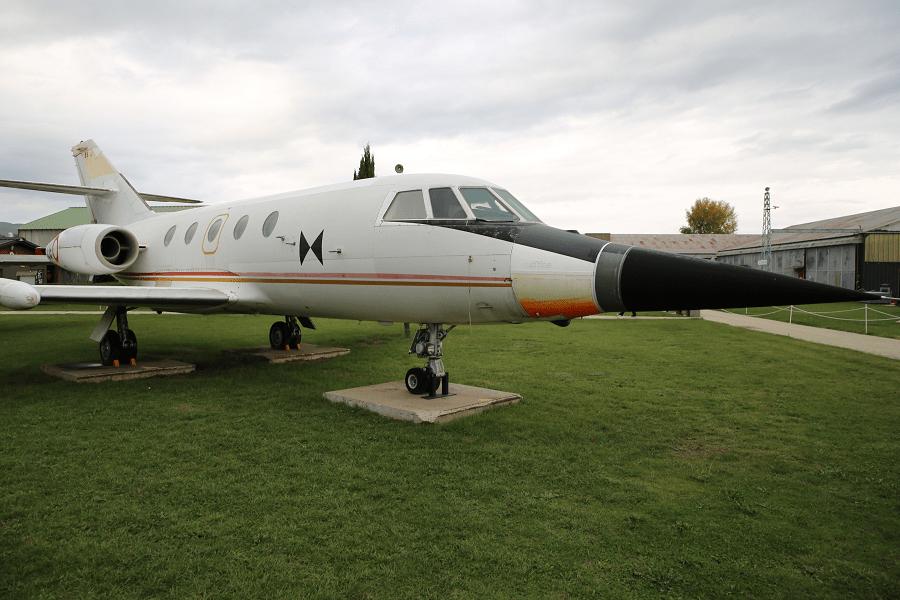 Военная версия Dassault Falcon 20 использовалась при тестировании радаров