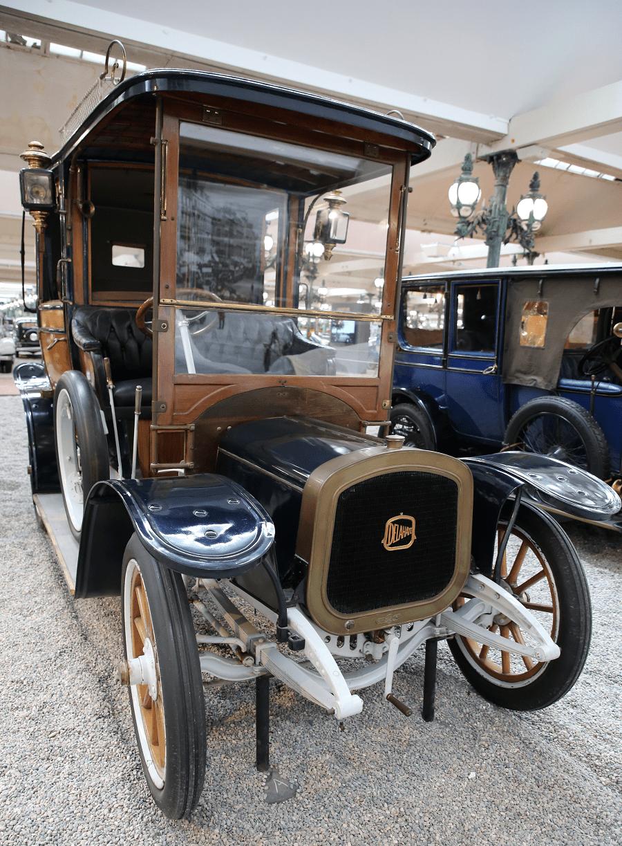 Французский Delahaye Coupe Landaulet Type 10/12 HP образца 1912 года
