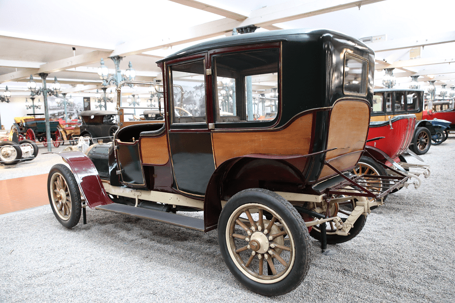 Французский Delaunay-Belleville Coupe Chauffeur Type HB6 образца 1912 года