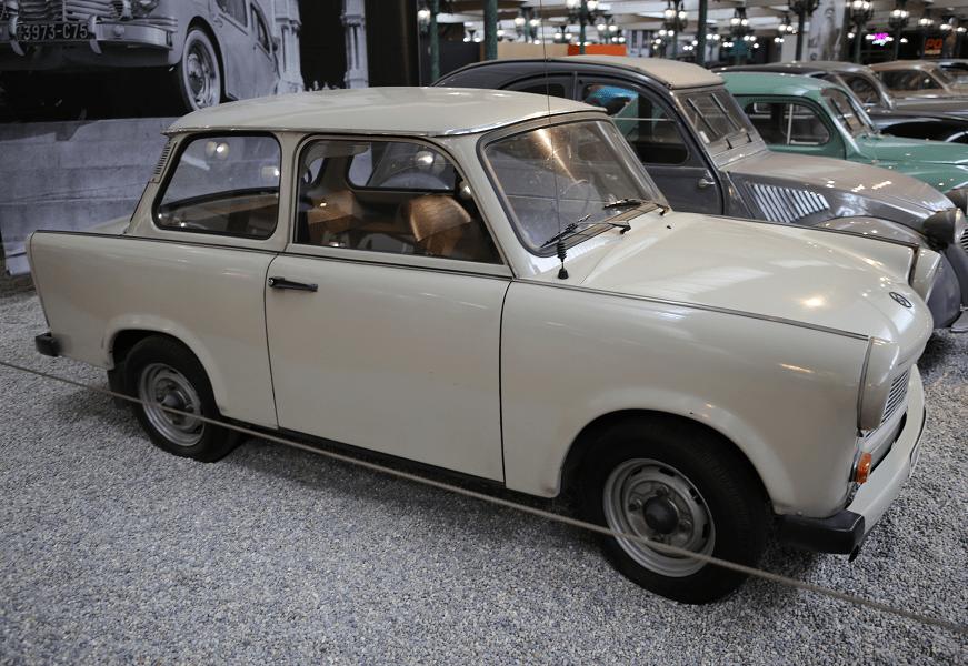 Немецкий Trabant Coach Type 601 LS образца 1986 года