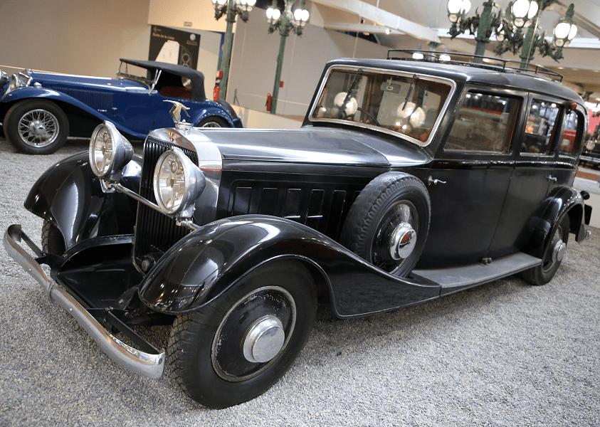 Hispano-Suiza Limousine K6. Couleur noire_vue de cote_retro_luxe_histoire