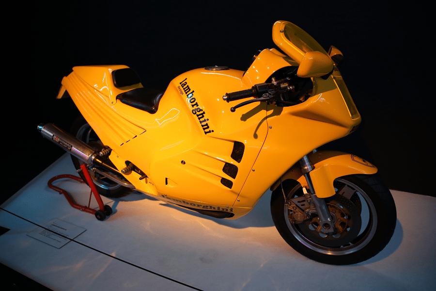 Мотоцикл Lamborghini Design 90 образца 1985 года выпуска. Сделано 10 экземпляров