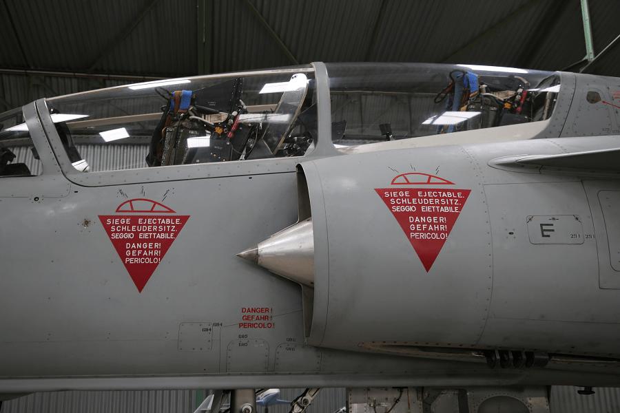 Mirage IIIBS: экспортная версия Mirage IIIB для ВВС Швейцарии
