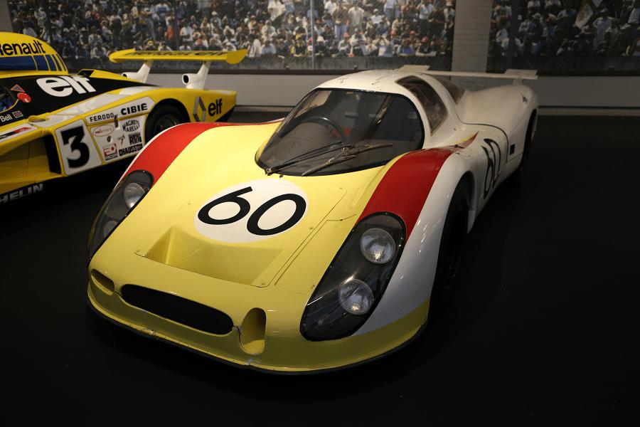 Гоночный Porsche Coupe 908 LH образца 1968 года