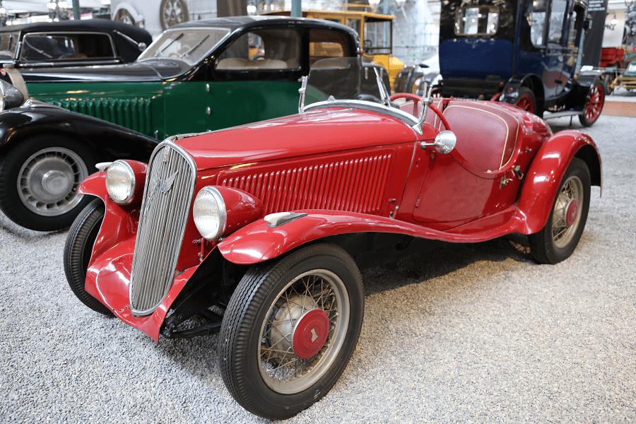 Красный Fiat Roadster Type 508 S образца 1936 года