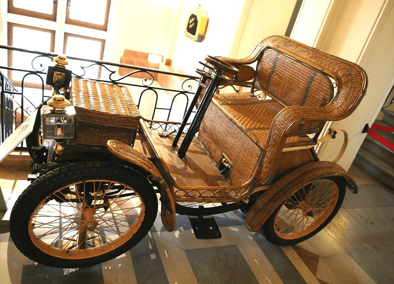Двухместный Hugot Petit Duc образца 1897 года