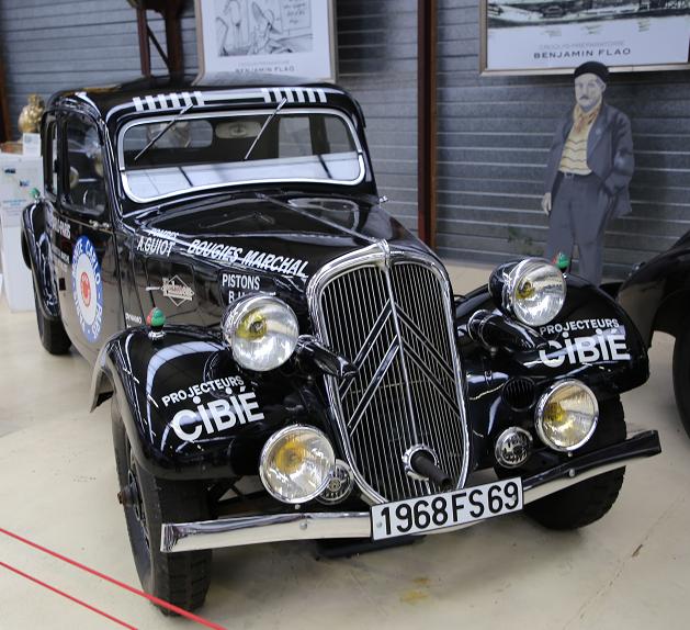 Черный Citroën Traction 11 AL Lecot образца 1935 года