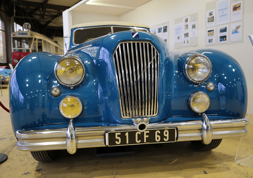 The blue Talbot Lago T 26 Record Cabriolet from 1951 by Dubos • ALL ANDORRA