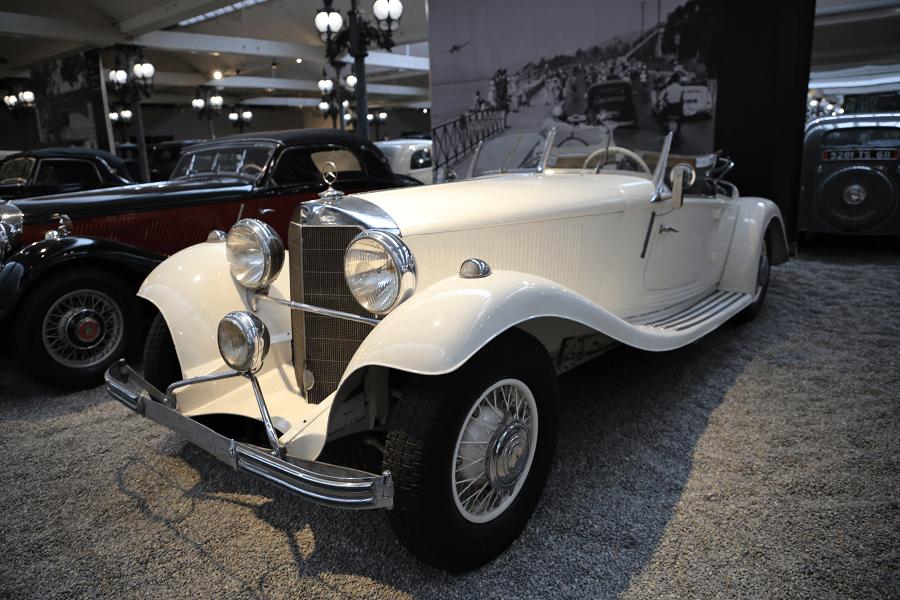 Белый Mercedes-Benz Cabriolet Type 500K образца 1936 года