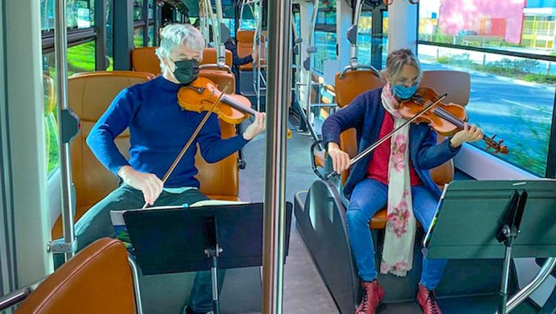Рождественские концерты в автобусах города По пройдут с 8 по 18 декабря