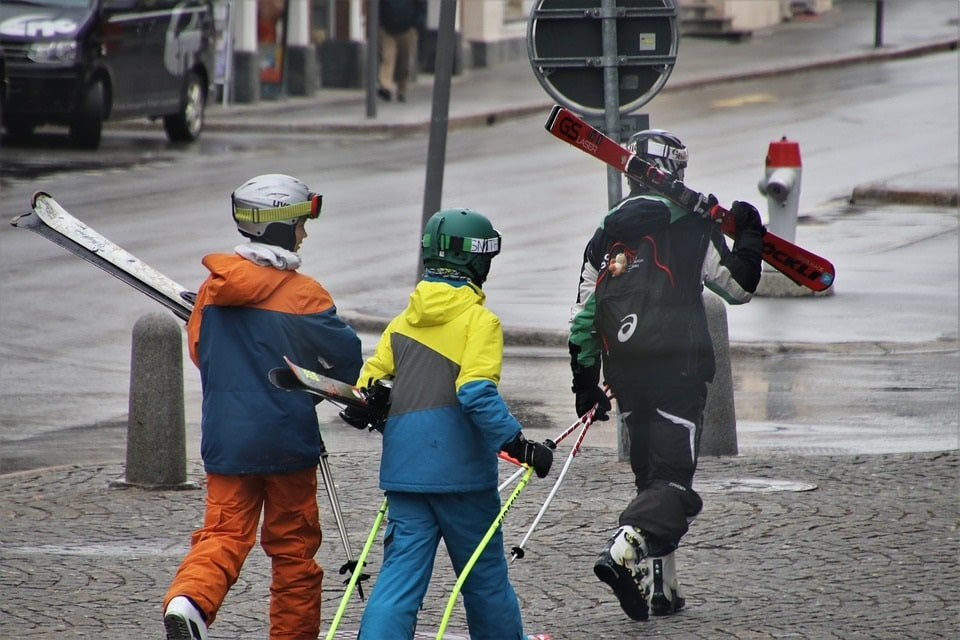 The French government decided not to allow ski lifts to operate in February