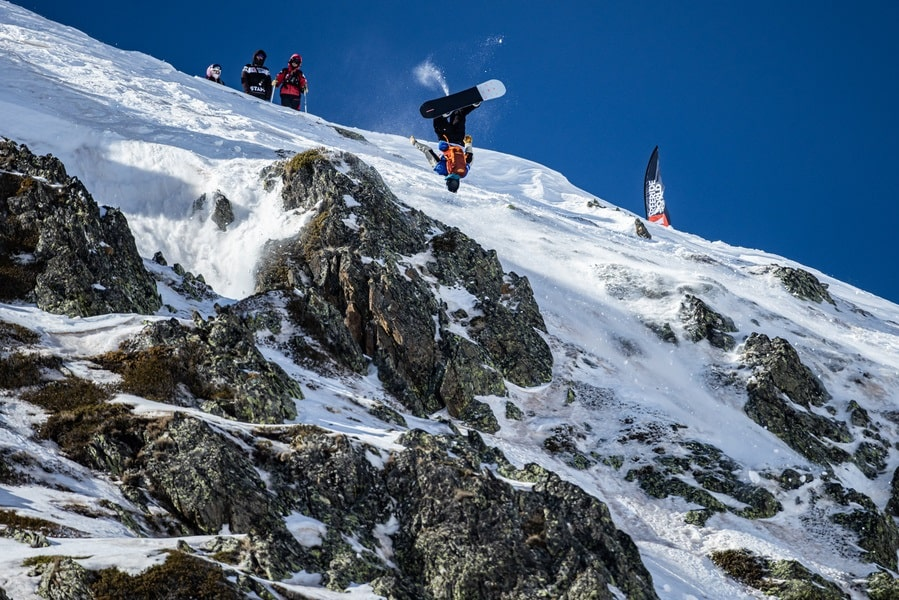Freeride World Tour : Hakuba stage (Japan) held in Andorra