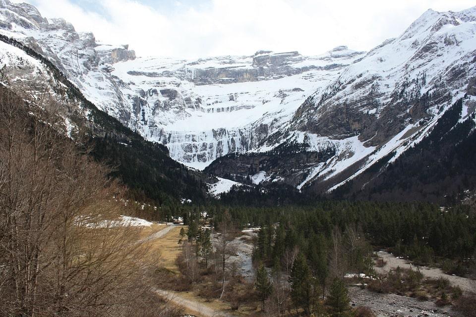Gavarnie-Gèdre - 34 km of ski slopes and the cradle of pyreneism