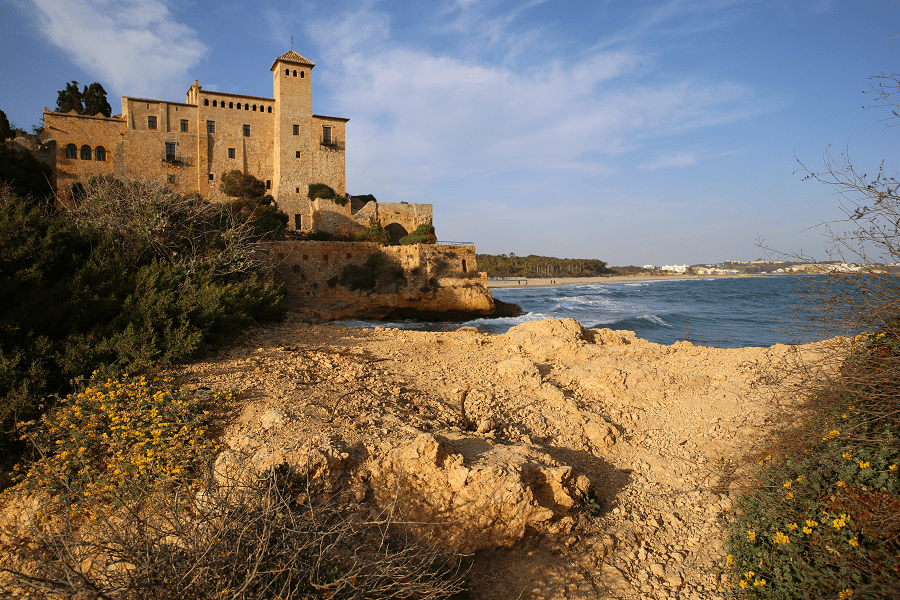 The Tamarit Castle combines Romanesque, Gothic and Renaissance styles