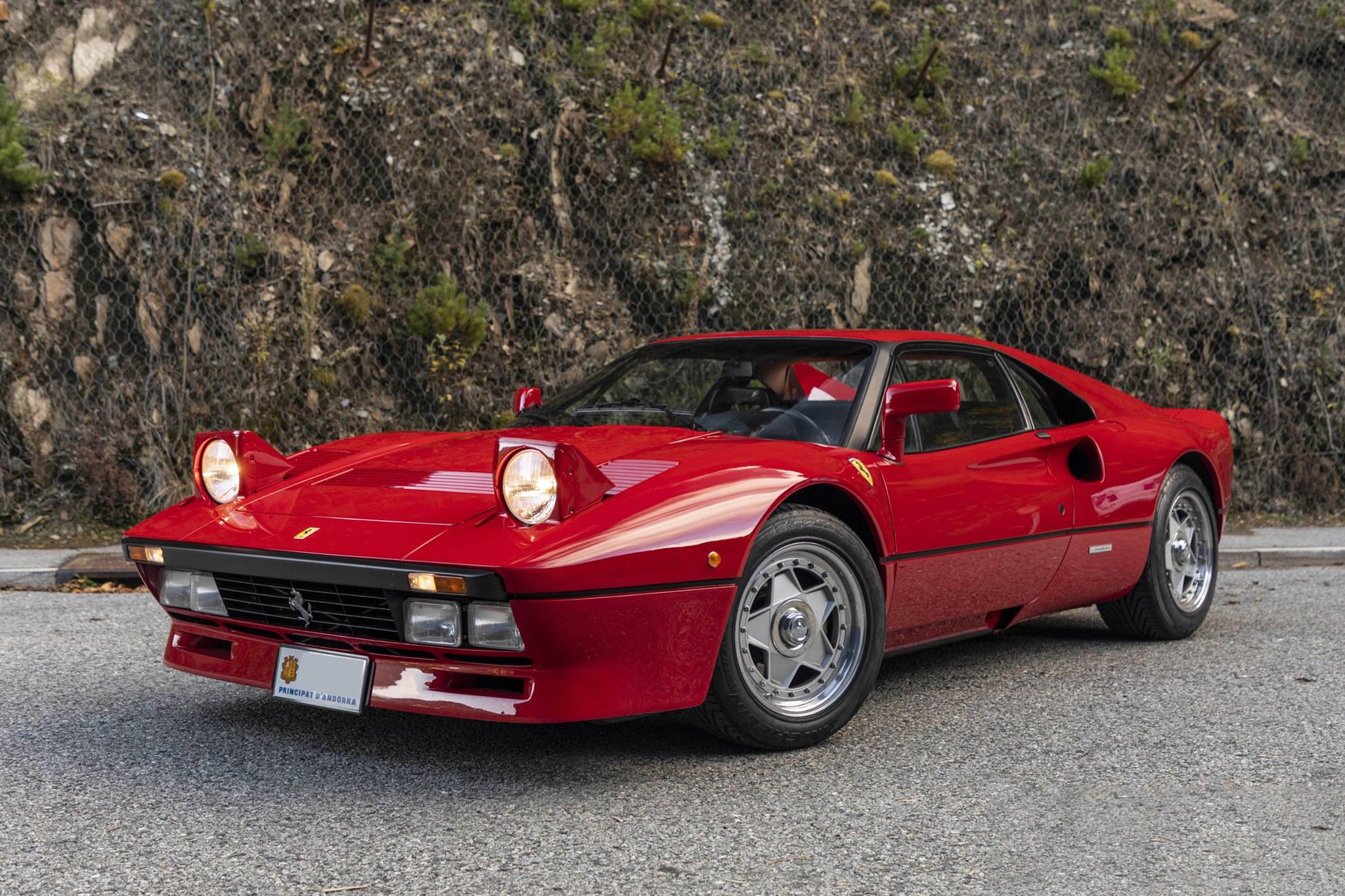 Красный Ferrari 288 GTO от Леонардо Фиораванти