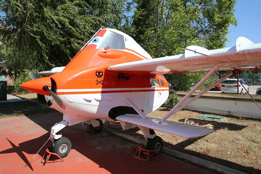 Transavia PL-12 Airtruk - это одномоторный сельскохозяйственный самолет